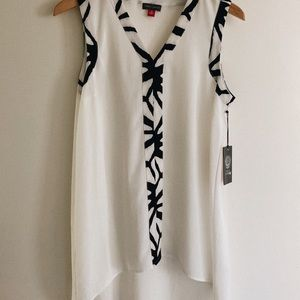 VINCE CAMUTO oversized top